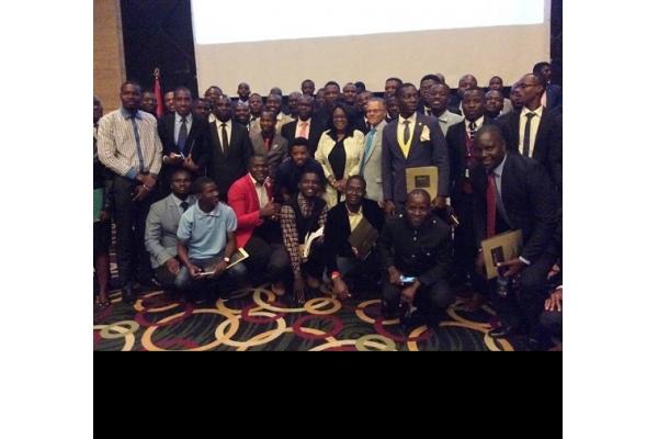 MESCTI Realiza Encontro com Estudantes do Ensino Superior e Representantes Associativos